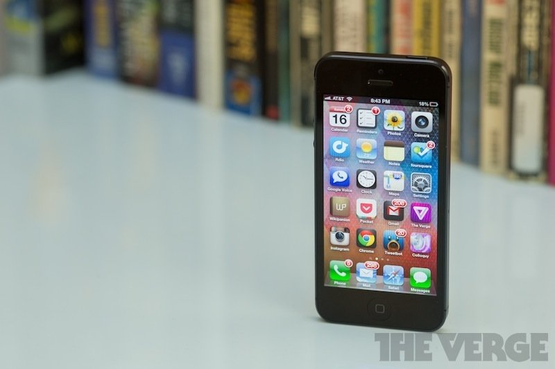 Apple iPhone 5 16GB Black (Bản Lock) (Ảnh 4)